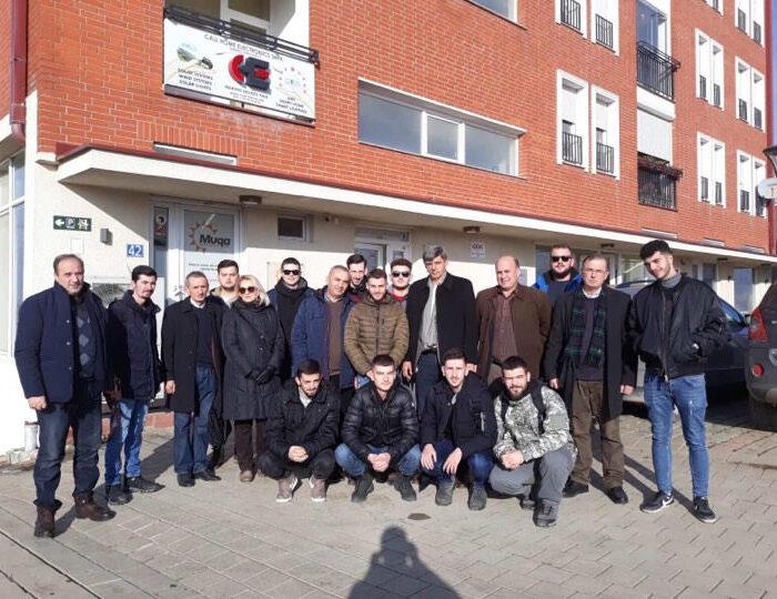 """Studentet e Inxhinieris se Energjise vizitojne kompanin """"Muqa Solar Company"""""""